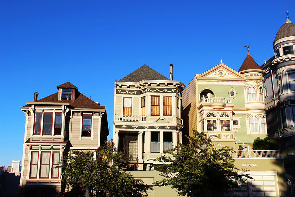 Old houses next to each other.