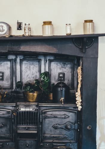 Stove Inside Old Kitchen.